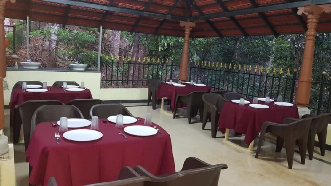 Hilltop Holiday Homestay Amidst Hills In Coorg Image
