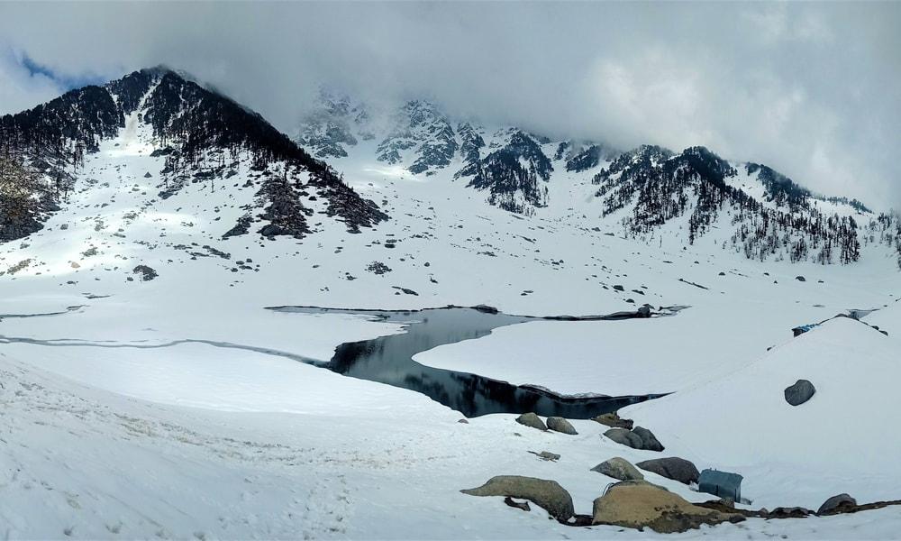 Kareri Lake Trek Image
