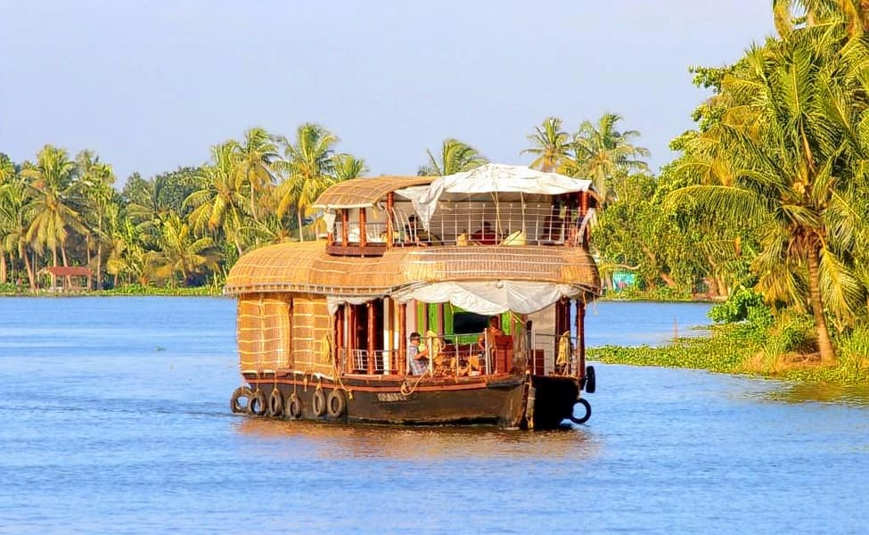 Houseboat Cruise Goa Image