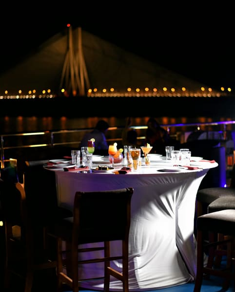 Dinner Cruise in Mumbai Image