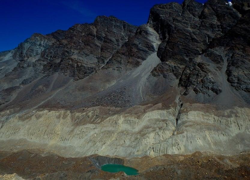 Kalindi Khal Trek Image