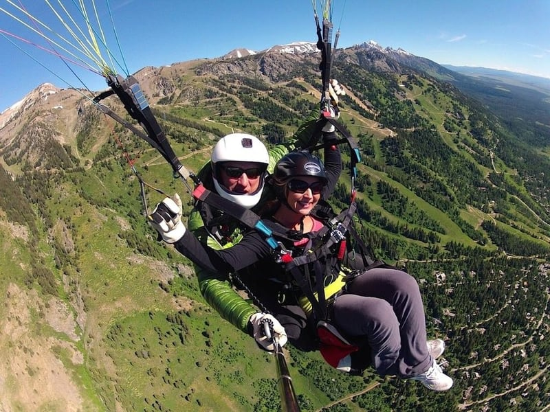 Paragliding in Manali Image