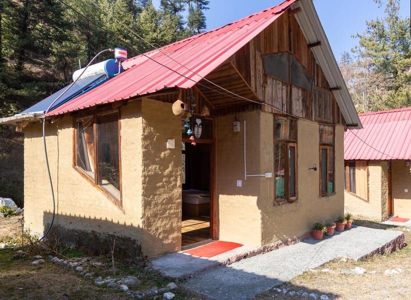 A Peaceful Stay in Mud Houses in Tirthan Valley Image