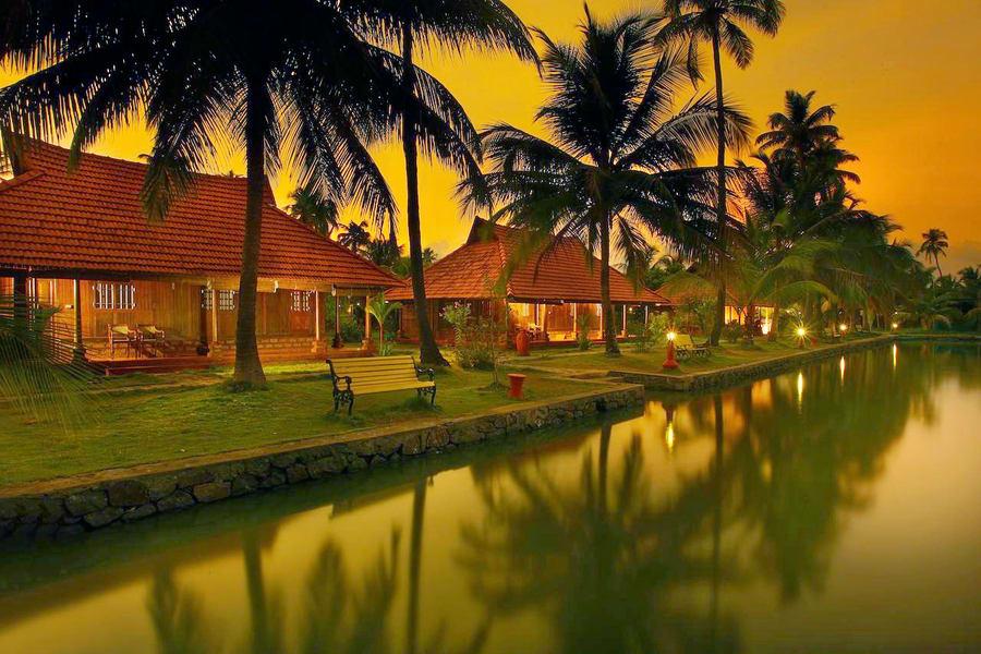 Kondai Lip Backwater Heritage Resort  Image