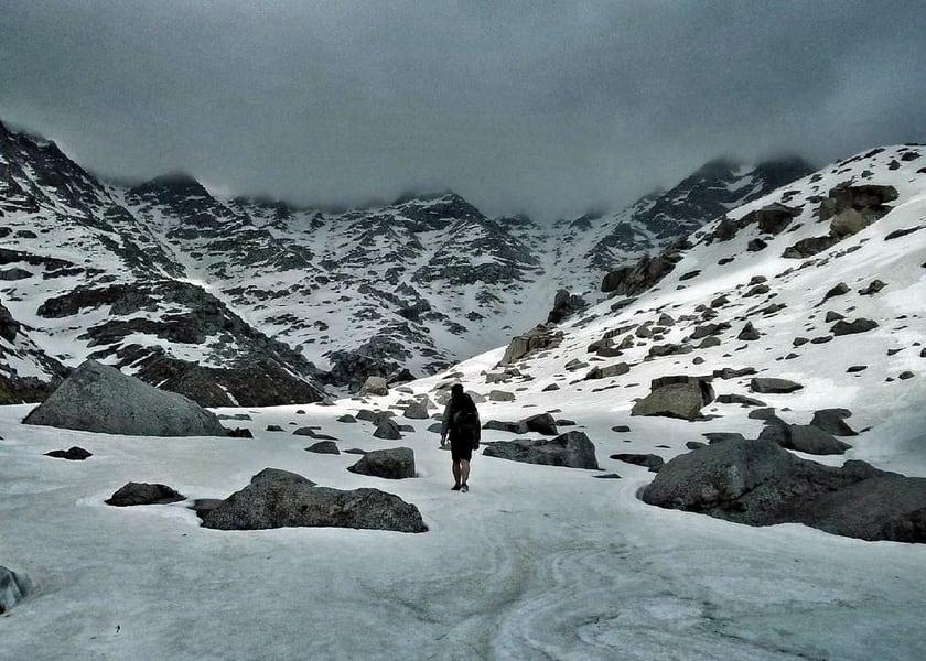 Indrahar Pass Trek Image