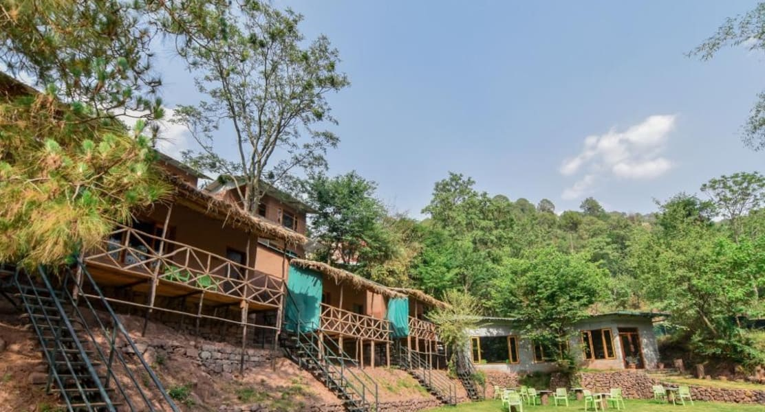 A Traditional Vacation Retreat With Mountain Views, Kasauli Image
