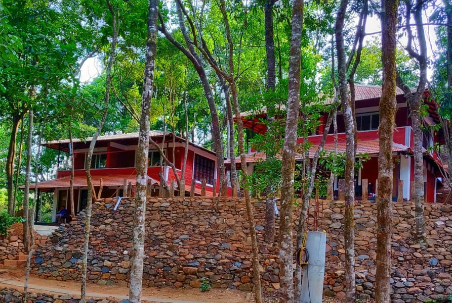 Adventurous Tree House Retreat in Sakleshpur Image