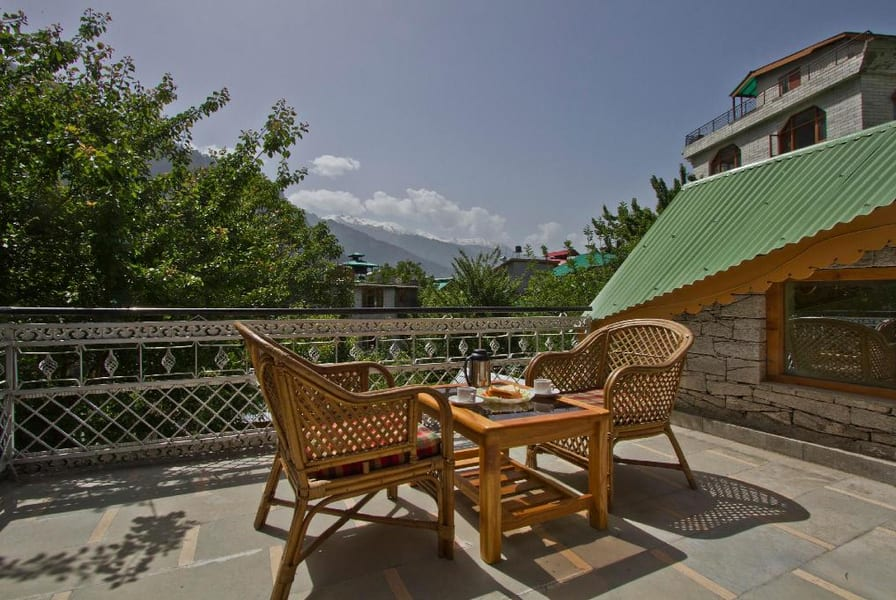 A Luxurious Vacation Retreat in Manali Image