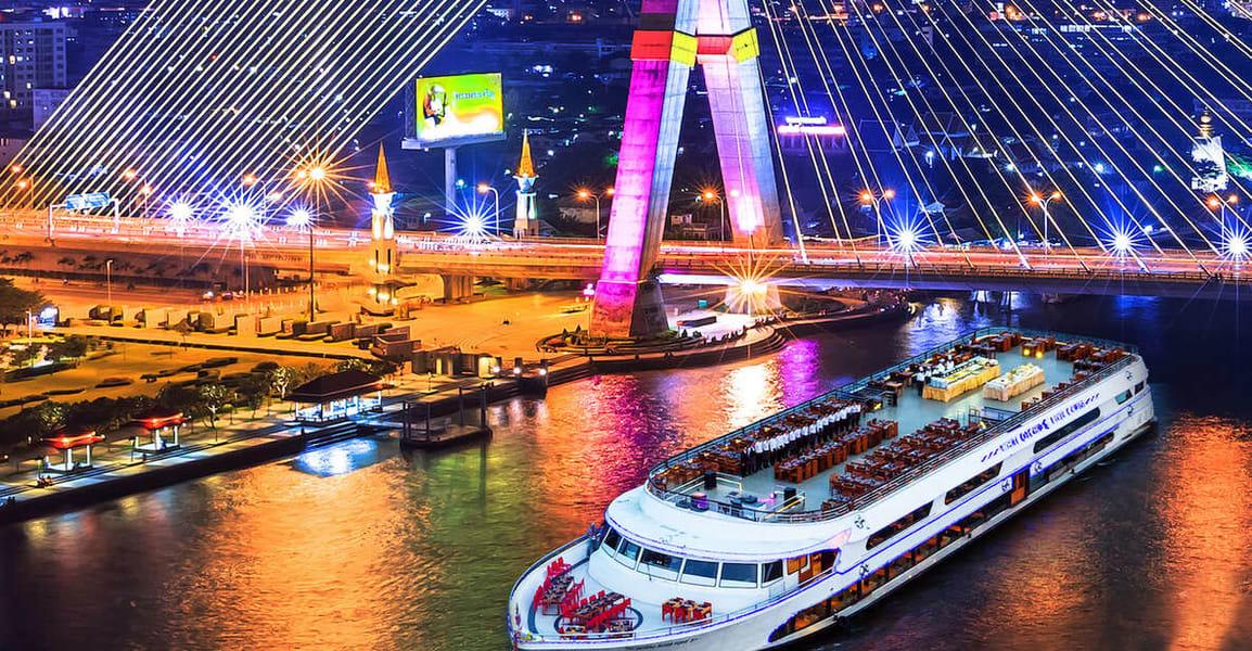 White Orchid Dinner Cruise In Bangkok Image