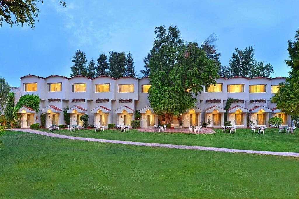 Best Western Resort Country Club @ 45% Off