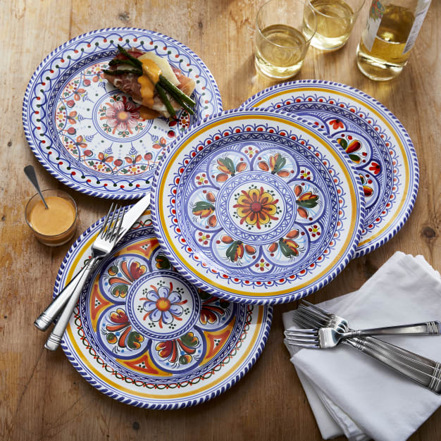 Image for Place Setting of Four 11 inch Plates of Classic Design