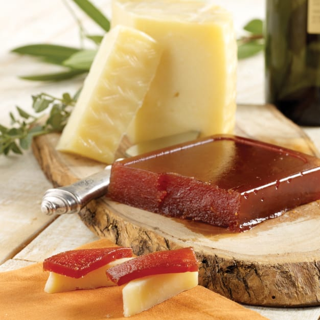 Image for Membrillo & Artisan Young Manchego Combo