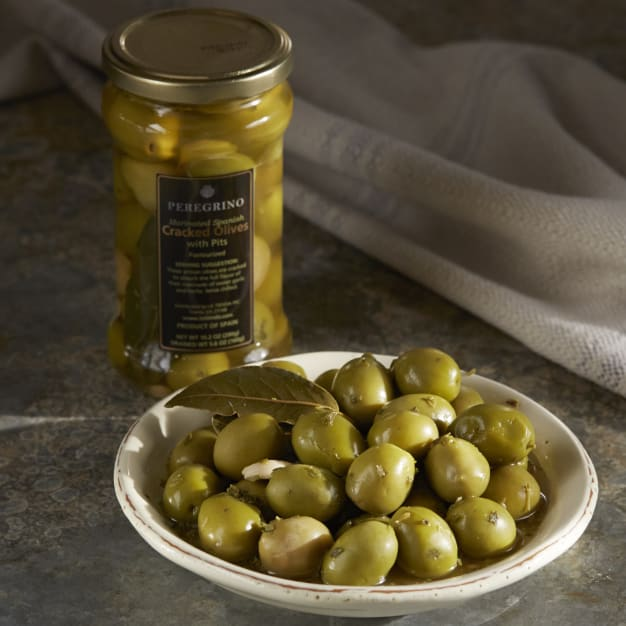 Image for Cracked Olives with Garlic & Herbs by Peregrino