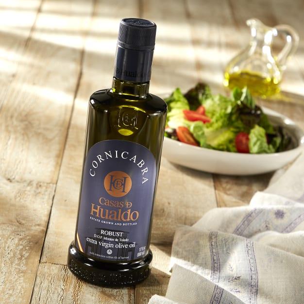 Image for Cornicabra Extra Virgin Olive Oil by Casas De Hualdo