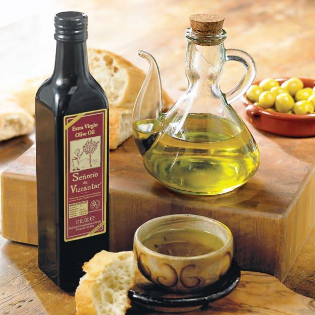 Image for Señorío de Vizcántar Olive Oil with Traditional Glass Cruet