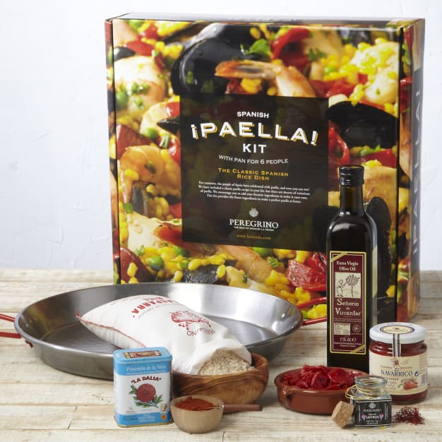 Image for Traditional Paella Kit with Pan by Peregrino - Packed in Gift Box