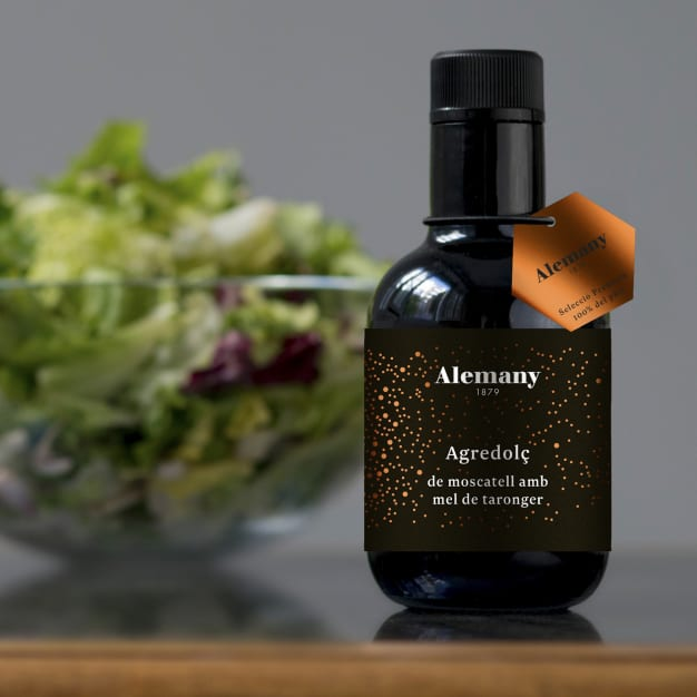 Image for Moscatel Wine Vinegar with Orange Blossom Honey by Alemany
