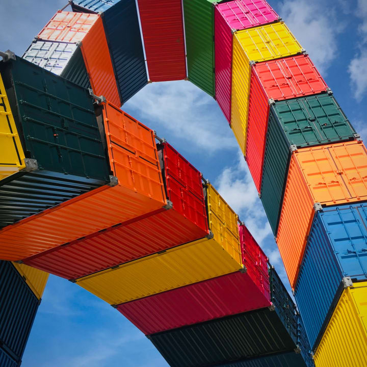 Catène de Containers (Vincent Ganivet, 2017)