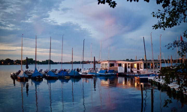 Boats moared on Outer Alster Lake