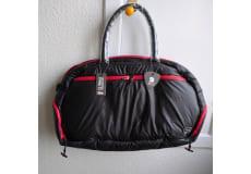Weekendtaske, Ducati, Ducati iSkin Jimmy Weekender Bag. Fusionen mellem mærkerne Ducati og iSkin.