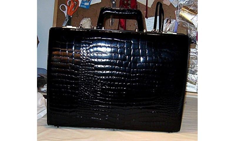 Andet, Rejsetaske  dokumentmappe, b: 43 l: 10 h: 30, Krokodille præget læder taske Ny Ubrugt o.