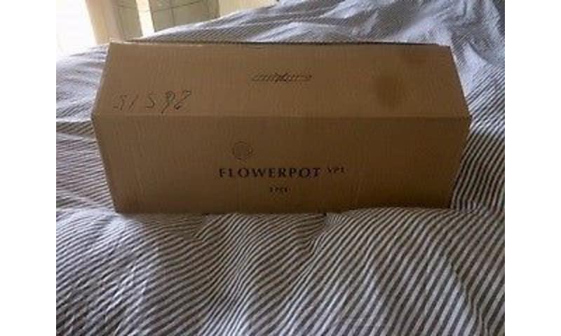 Verner Panton, FlowerPot Messing, pendel, Flowerpot :VP1 Pendel i Messing NyUbrugt Mål: Ø23 cm.