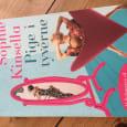 Pige i tyverne, Sophie Kinesella, genre: roman