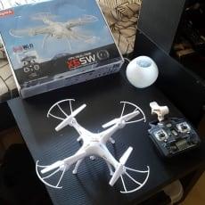 Drone, SYMA X5SW, skala hvides ikke, kun brugt en gang derfor sælges den har ikke det beste kamer.