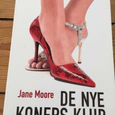 De nye koners klub, Jane Moore, genre: roman