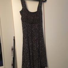 Sommerkjole, Italiensk, str. One size, Brun, Næsten som ny, Sød sommerkjole. Købt i Italien. Fe.
