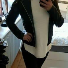 Læderfrakke, str. 36, JCL, Mat sort, Læderlook, Ubrugt, Stadig med mærker på Nypris 600 kr Por.