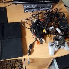 Playstation 2, 2x Slim, Defekt, sælger de her 2 Playstation 2´er som er defekt laser på dem begge.