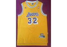 1 NBA t-shirt