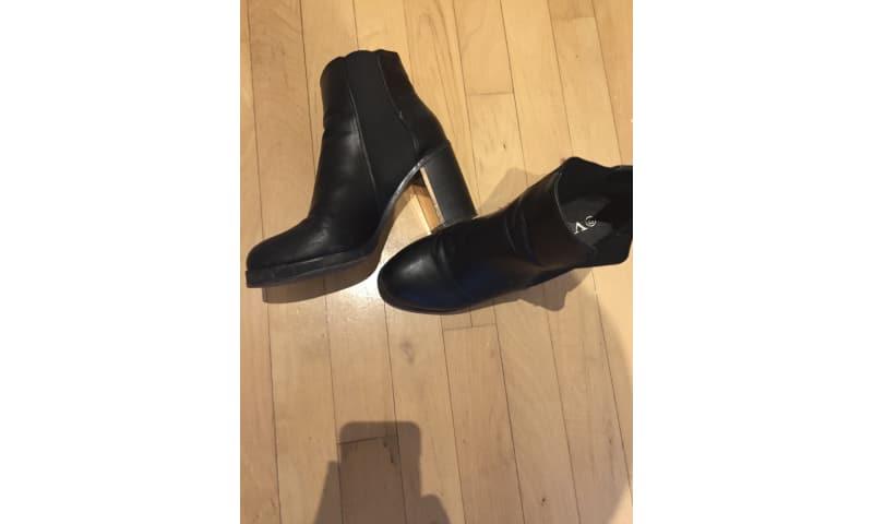 2 høje støvler