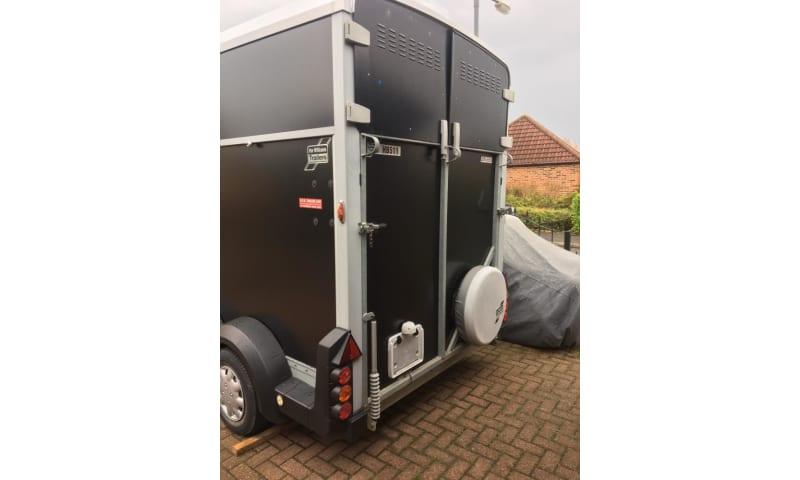 2013 Ifor Williams hb511 hest trailer