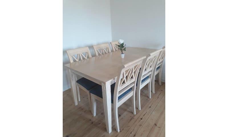 Køb 6-personer spisebord af bøgetræ - Tilsalg.dk