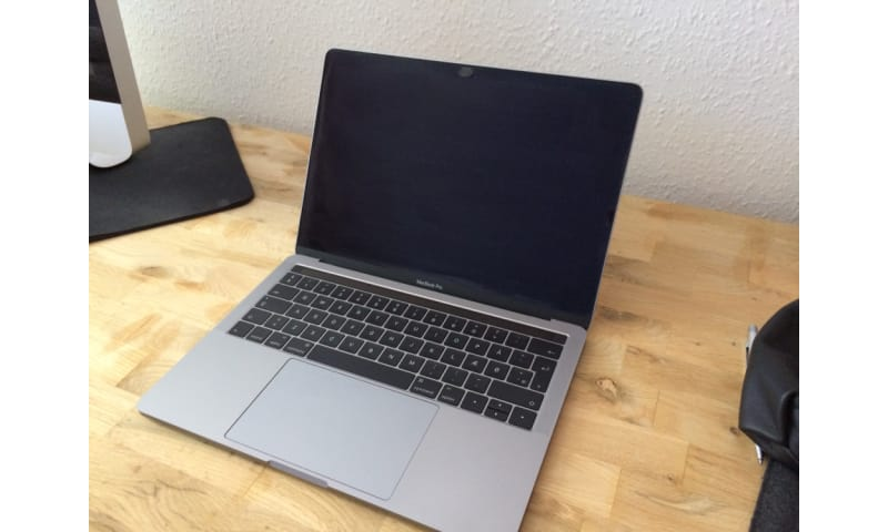 "MacBook Pro 13""  med Touch Bar (space grey)"