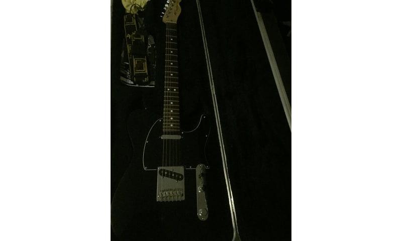 Sælger min Fender Telecaster American Standard