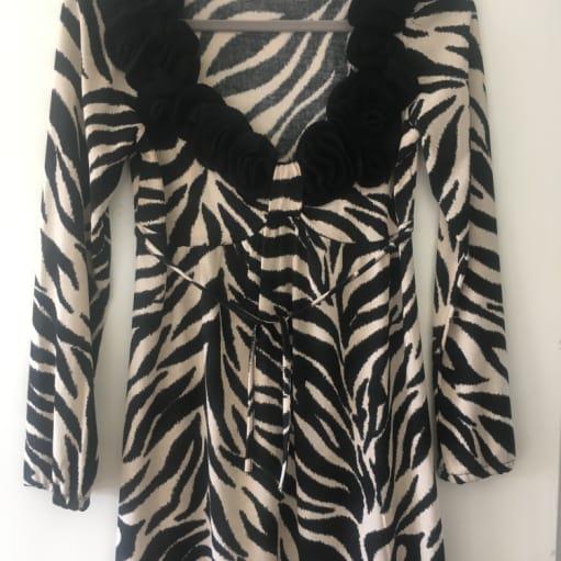 Fantastisk unik sexet kjole