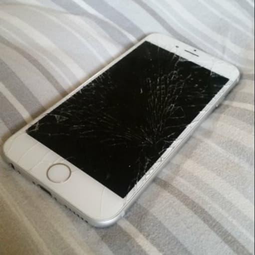 Iphone 6s 64gb  Ødelagt Skærm