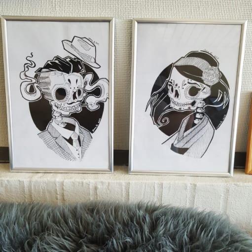 jeg sælger 3 små ( 30 cm 20cm) og et stort (60cm 25cm). selv lavede tegninger.