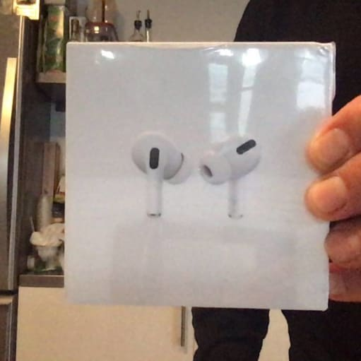 Apple Airpods pro NY!