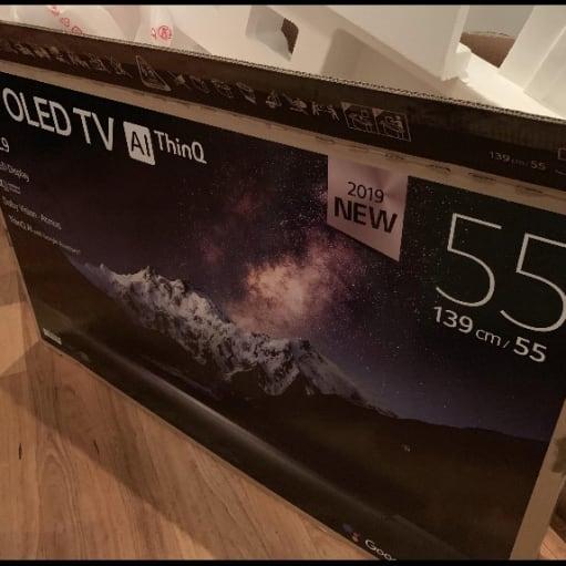 OLED UHD 4K LG c9 smart tv- som ny