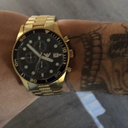 Armarni Guld ur