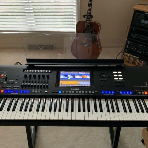 Yamaha Genos Workstation - 76 nøgler