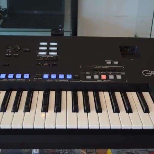 Yamaha Genos 76-nøgle - Workstation Keyboard