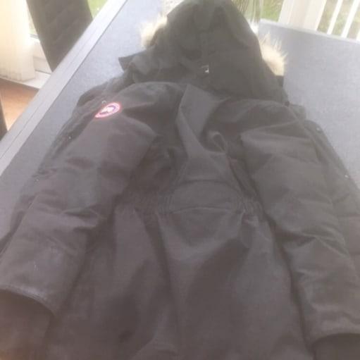 Canada goose jakke sælges