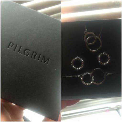 Pilgrim smykkesæt.