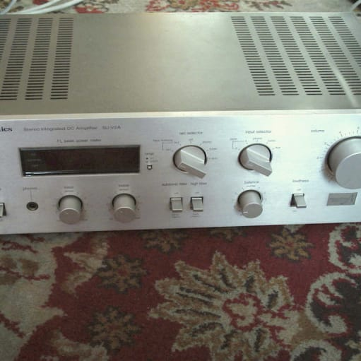 TECHNICS SU-V2a AMPLIFIER