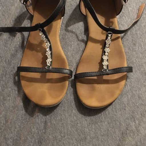 Lidt brugte sandaler
